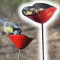 Mangeoires et Bains d'Oiseaux